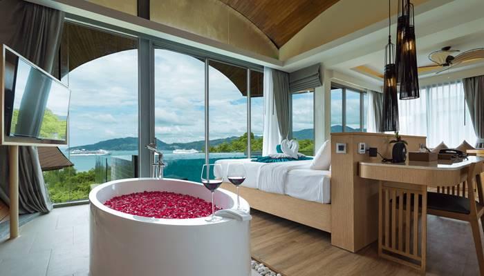 Crest Resort and Pool Villas Phuket